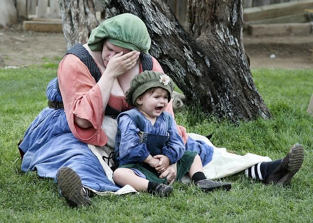 plačící dítě i matka