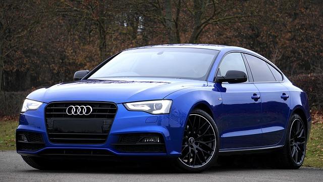 modré Audi.jpg