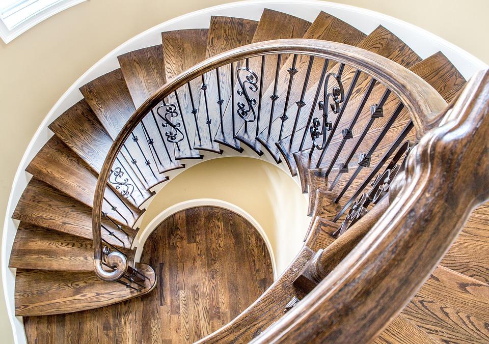 zatočené schody
